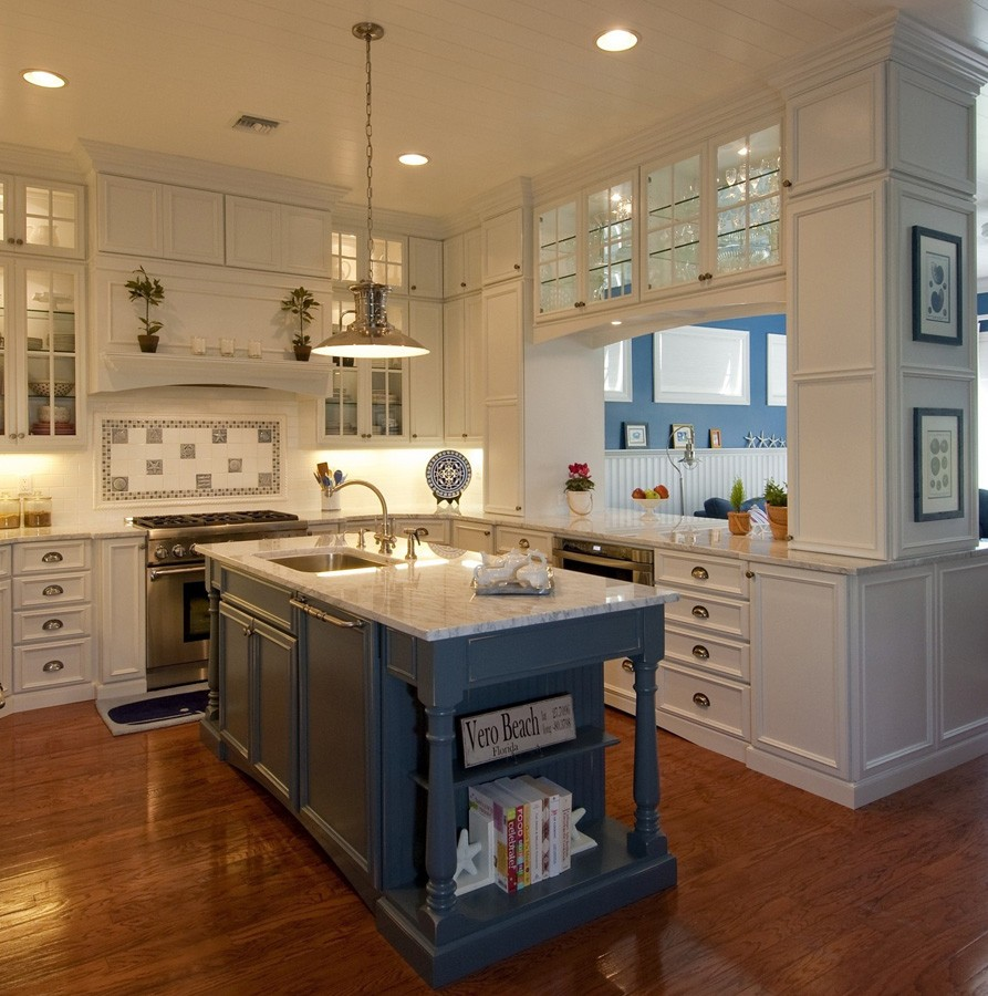Traditional Cabinets | The Flooring Place